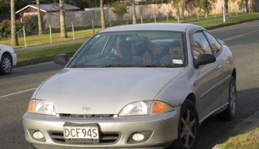 トヨタとGMの合作クーペ?豪快な乗り味と低価格が魅力だったトヨタ・キャバリエクーペ